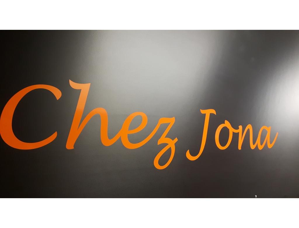 Chez Jona